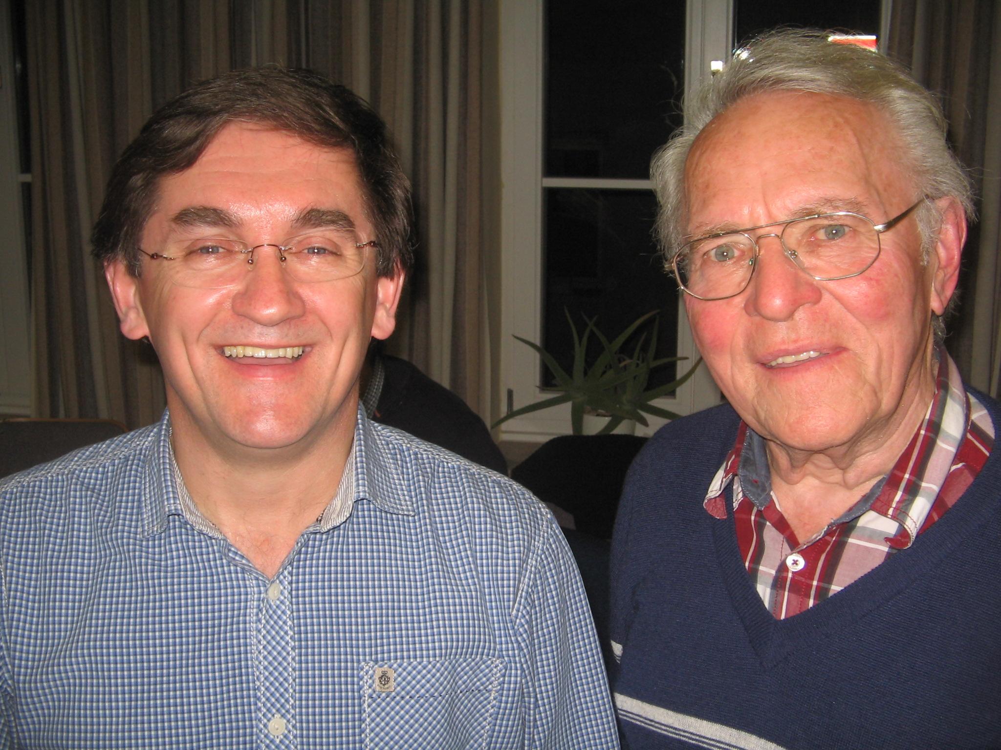 Der brasilianische Pfarrer Jandir Sossmeier bei seinem Besuch der Männerrunde Vach mit Heinz Landler