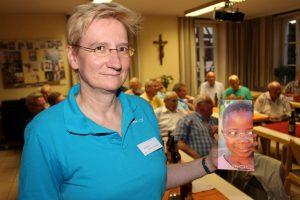 Sabine Müller-Martin erläutert Idee und Umsetzung:150 Mio Menschen brauchen eine Brille, können sich aber keine leisten...